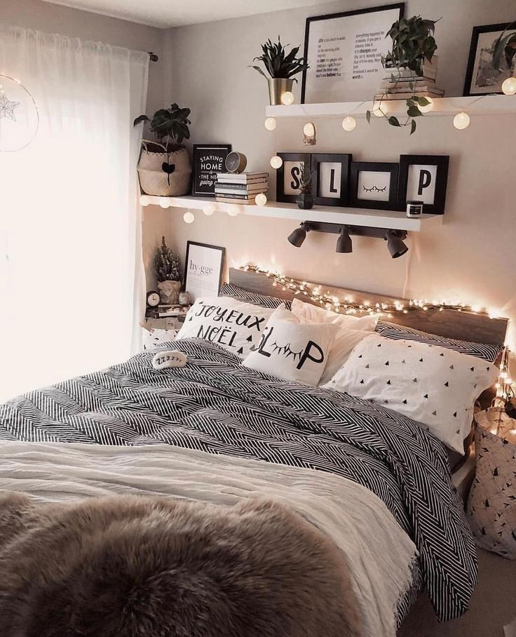 43 cute and girly bedroom decorating tips for girl 39 | Justaddblog.com