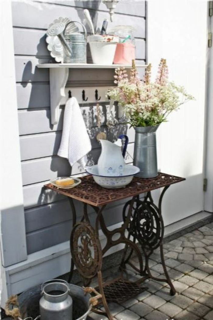 23 deco ideas on how your old sewing machine finds a reuse – Decoration Solutions