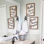 10 Creative Ideas for Bathroom Wall Decor to Give Your Bathroom a Makeover