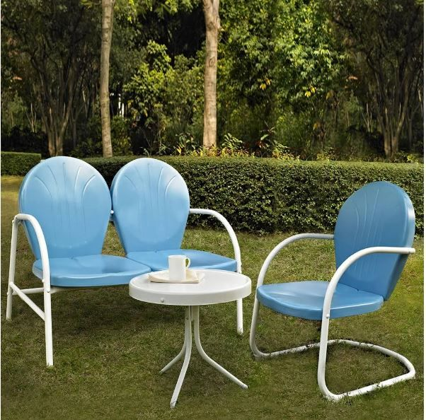 Griffith 3 Piece Metal Outdoor Conversation Seating Set – Loveseat & Chair in Sky Blue Finish w/ Side Table in White Finish – Crosley KO10003BL