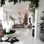29  Amazing Scandinavian Christmas Decoration Ideas