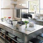 45 Creative Kitchen Cabinet Design Ideas With Stainless Steel - HOMEWOWDECOR
