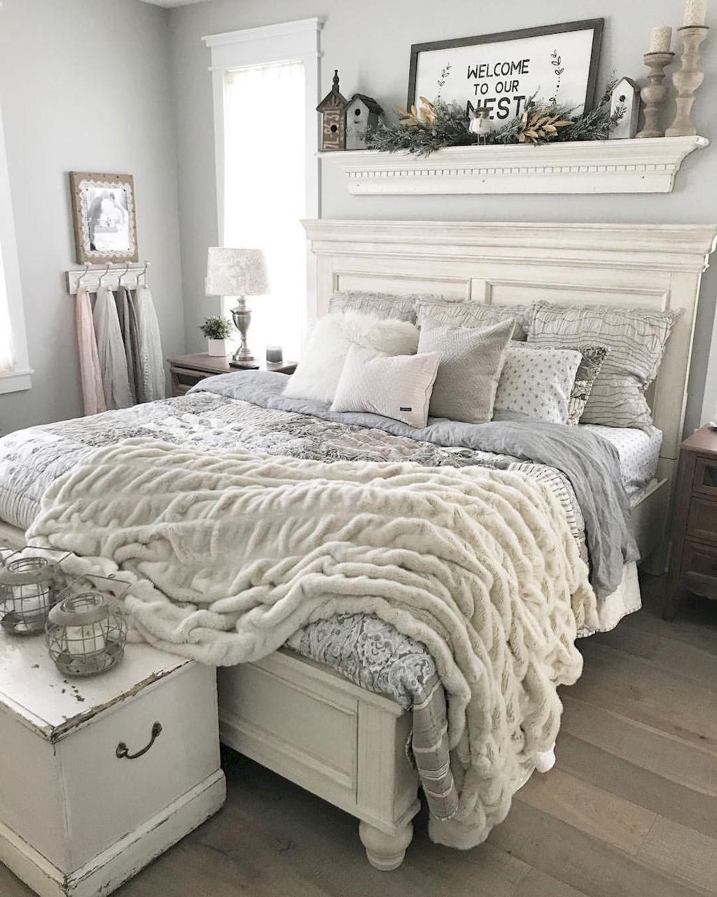 55 Small Master Bedroom Design Ideas – Gladecor.com