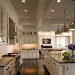 Amazing floor plan for dream kitchen - Creamy white kitchen cabinets & kitchen i...