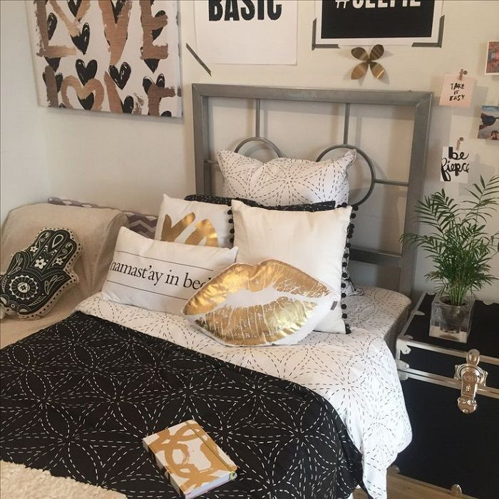 Black White and Gold Bedroom Variation for the Royal Bedroom
