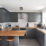 Budget kitchen renovation with before and after pictures. How to get a kitchen o...