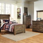 Contemporary Rustic Oak 4 Piece Twin Bedroom Set - Trinell