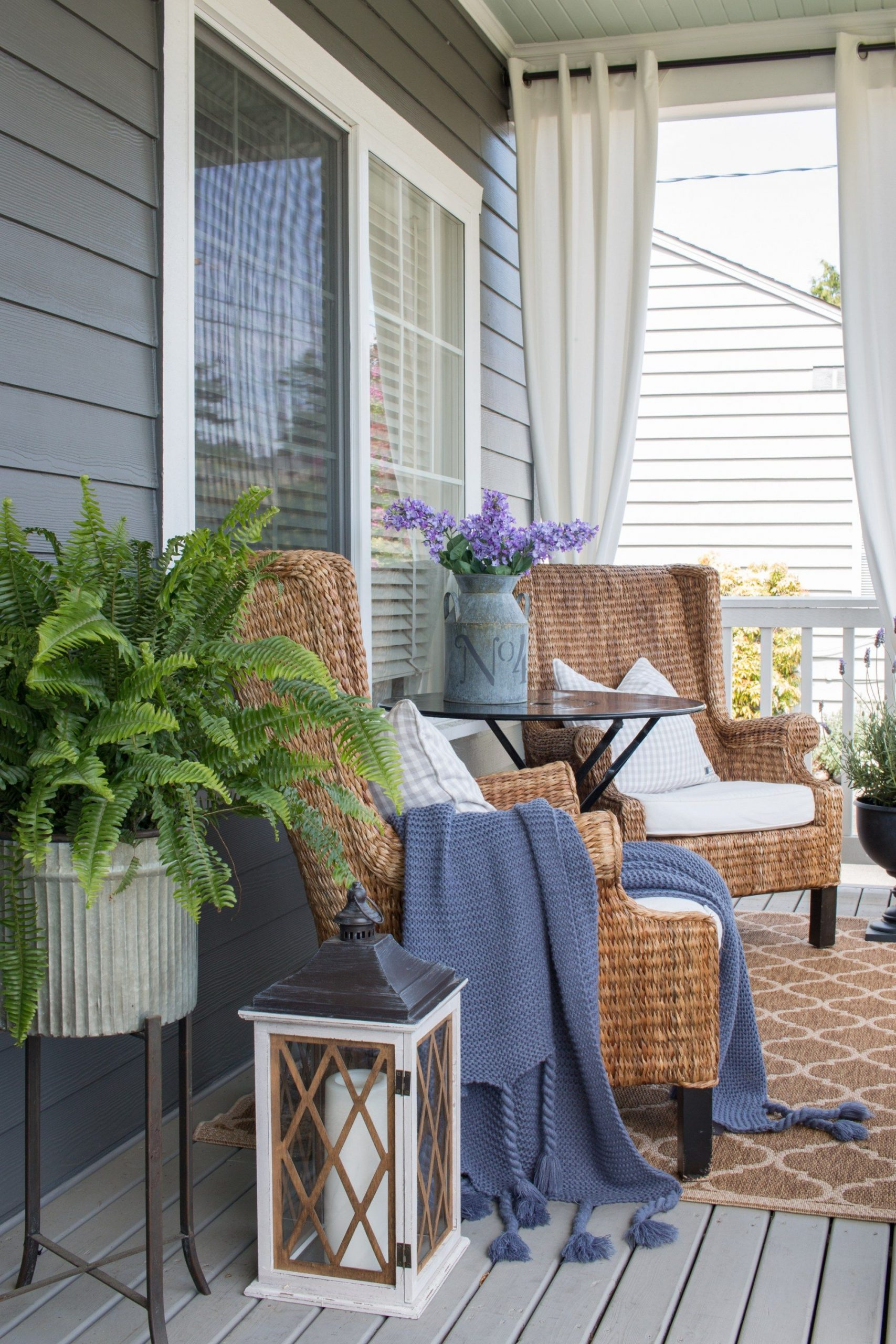 Front Porch Refresh for Summer – Saw Nail and Paint