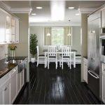 Modern Galley Kitchen Designs With Island #opengalleykitchen Modern Galley Kitch...