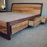 Moderna cama de plataforma de arce y nogal con almacenamiento, cama con cajones, cajones debajo de la cama, cama Queen, cama King, cabecera con almacenamiento