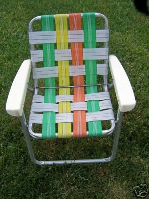 People hate on these 70's/80's lawn chairs (yes they tend to dig into your legs …
