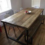Table de salle à manger 6-8 places Chic Industrielle Chic - Bar Café Restaurant Mobilier Acier Métal Bois massif Sur Mesure 039 - Wood Design